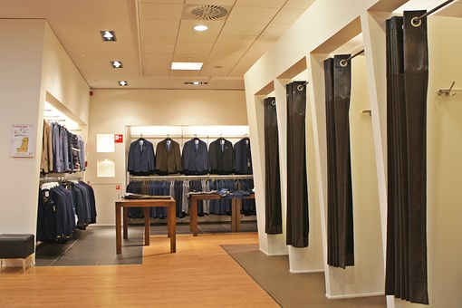 The Advantages Of Paneling Your Walls For Your Shop Fitting